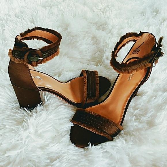 622f2b3dd13 NWT Express Dark Bronze Satin Ankle Strap Heels